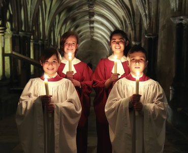 A picture of boy and girls choristers at Norwich Cathedral